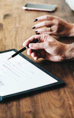 Is er een advocaat nodig om de scheiding te regelen?