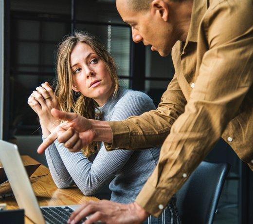 Pesten op de werkvloer: wat kan je als leidinggevende doen?