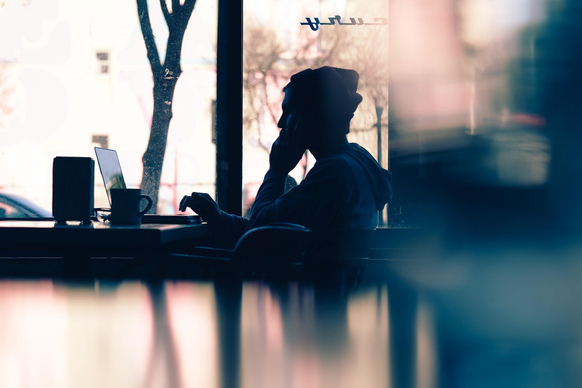 Vraag het de mediator: 'Mijn baas wil me verhuren aan zijn klanten, wat moet ik nu?'