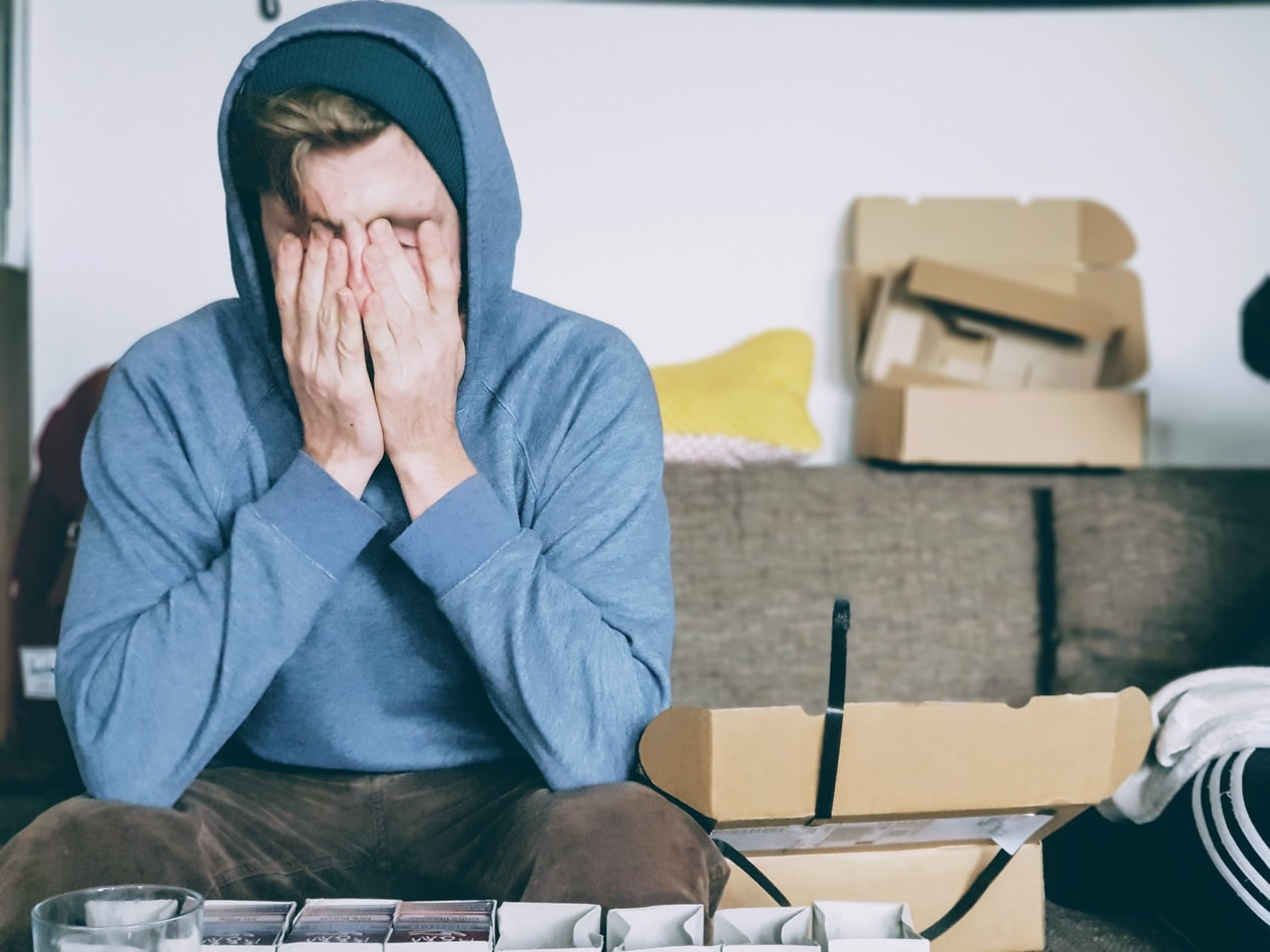 Vraag het de mediator: 'Mijn vriend wil over zijn gevoelens praten, maar ik word er zo moe van'