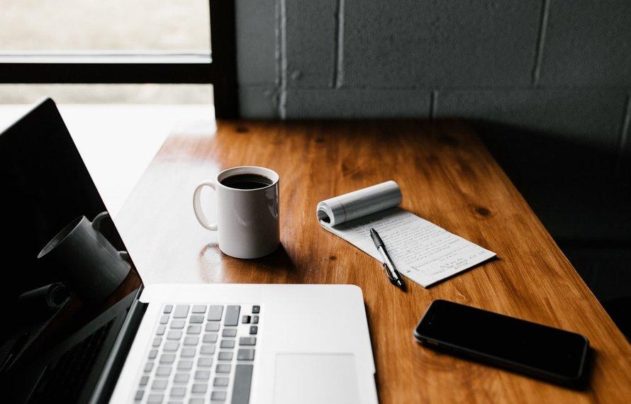 Vraag het de mediator: 'Mijn baas wil niet dat ik nog langer thuiswerk'
