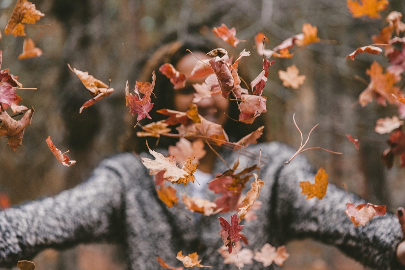 Samen met de kinderen erop uit in de herfst