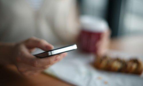 Vraag het de mediator: 'Ik zag mijn collega op Tinder!'