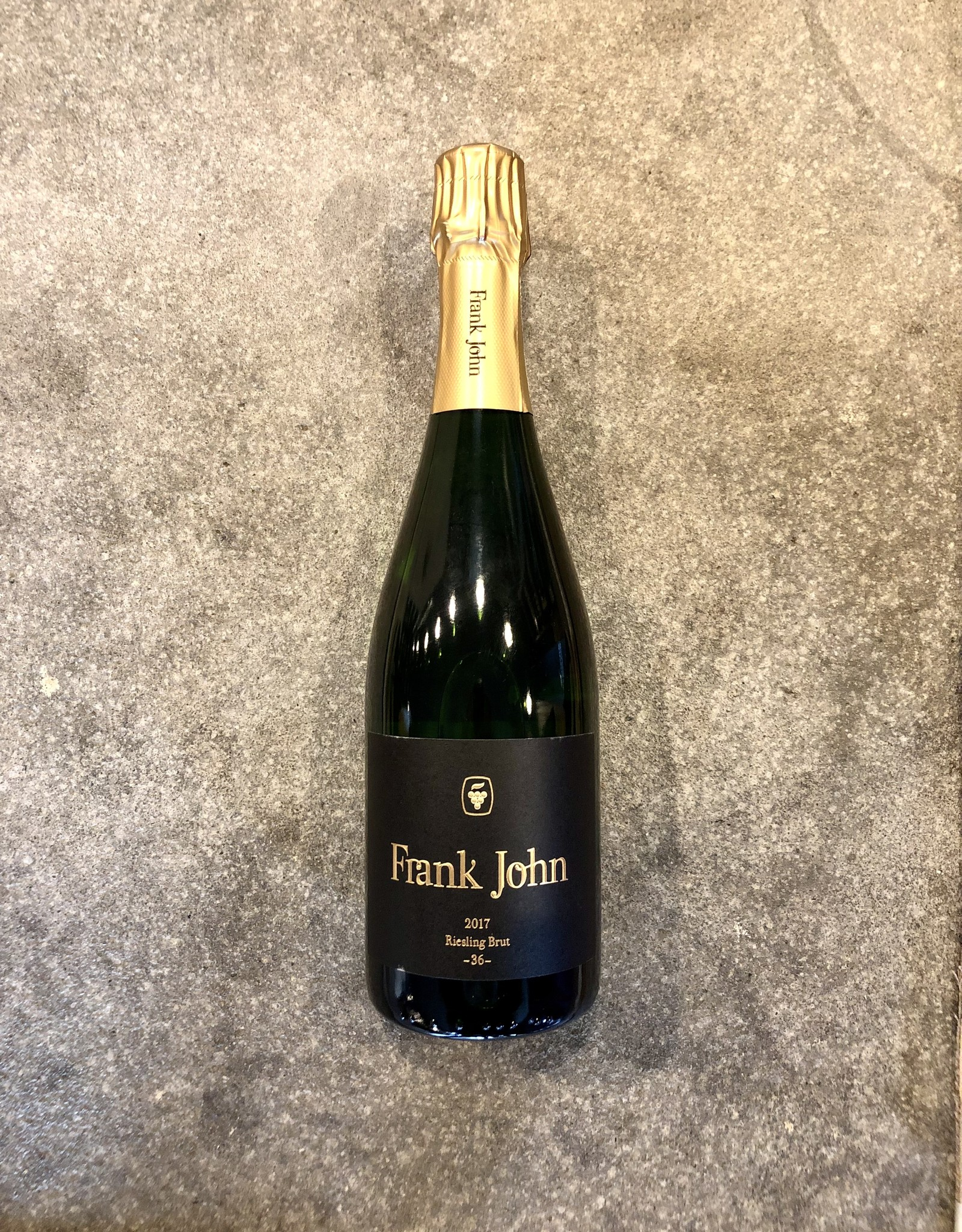 Frank John 2017 Riesling Brut -36-