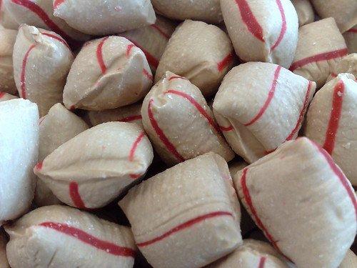 Holland Foodz Holland Foodz - Kaneel Hompen Groot 1 Kilo