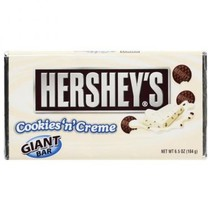 Hersheys White Cookies N' Creme Bar Giant 184 Gram