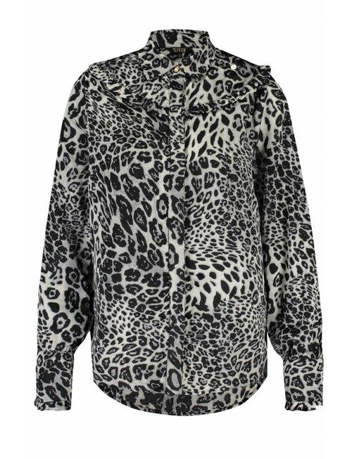 Given Given w blouse Ciska leopard black