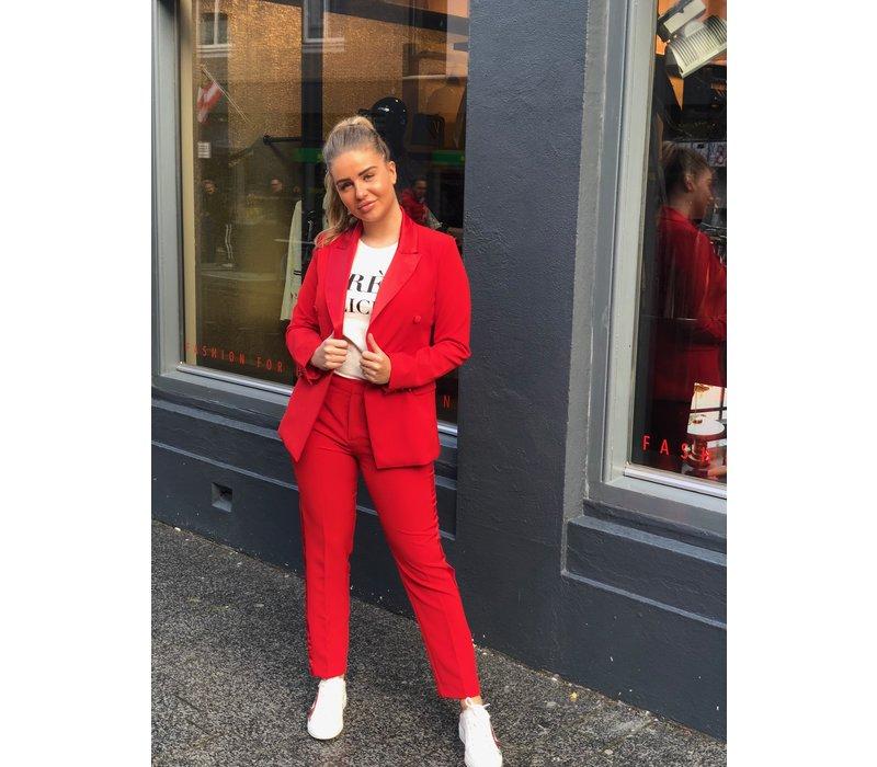 Chic Trash trendy rood smoking pak