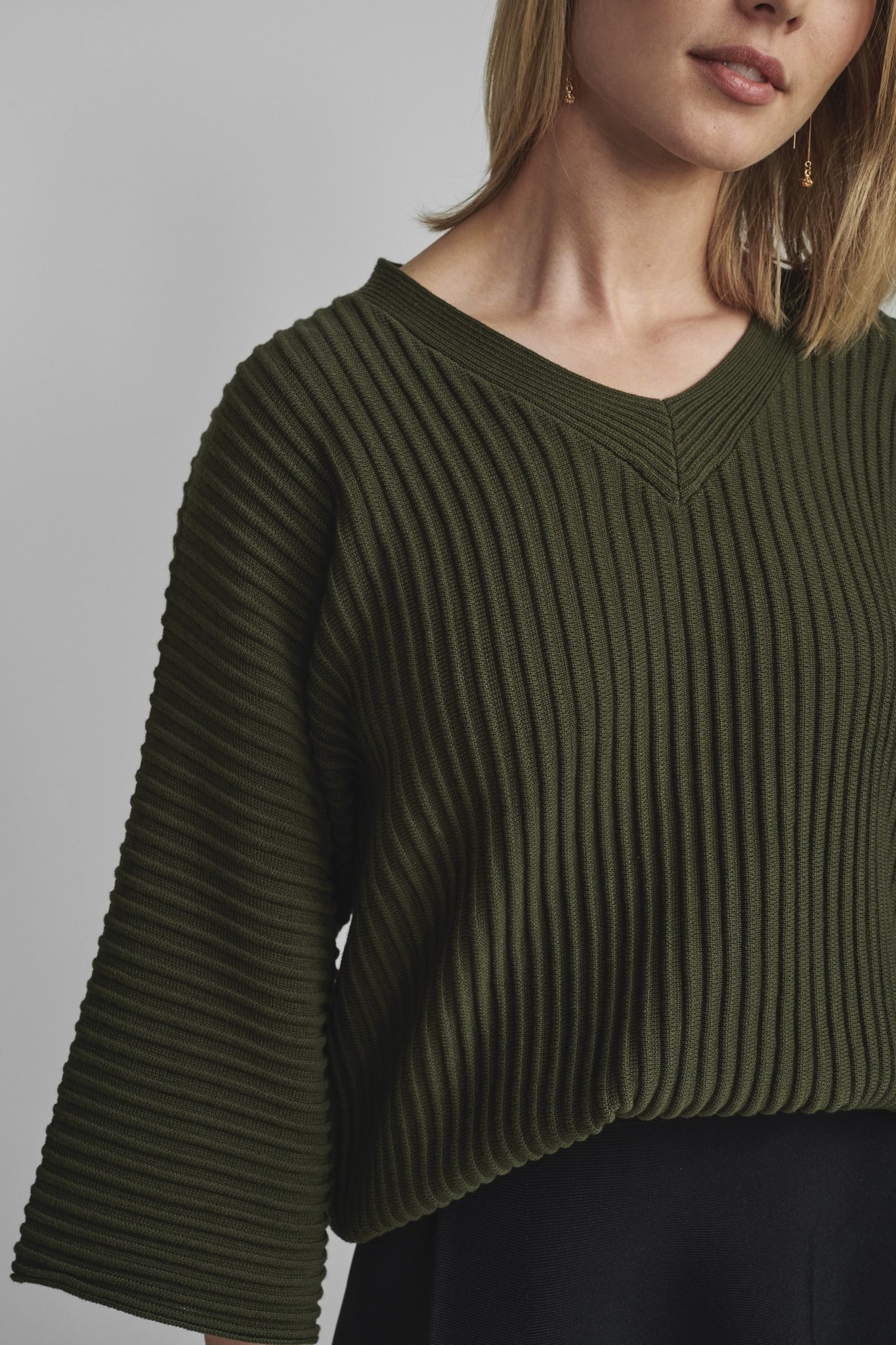 Nümph Irmelin V-neck Pullover - NOOS - Kaki