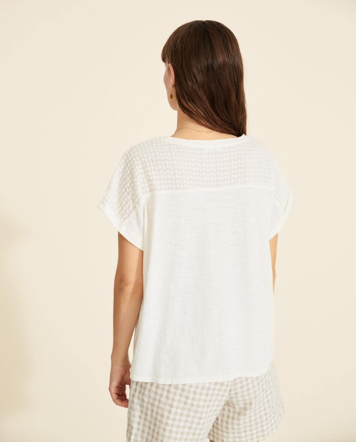Yerse T-shirt with embroidered shoulders