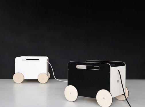 Ooh noo Design toy chest, Chalkboard