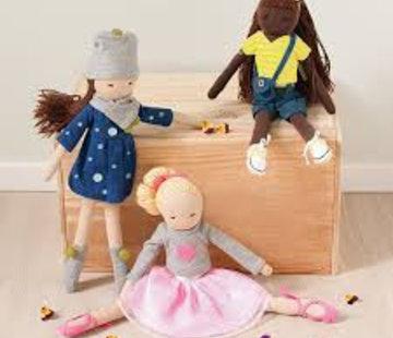 Hoppa Doll, emily
