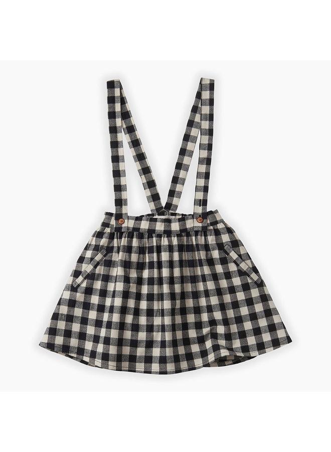 Skirt suspender