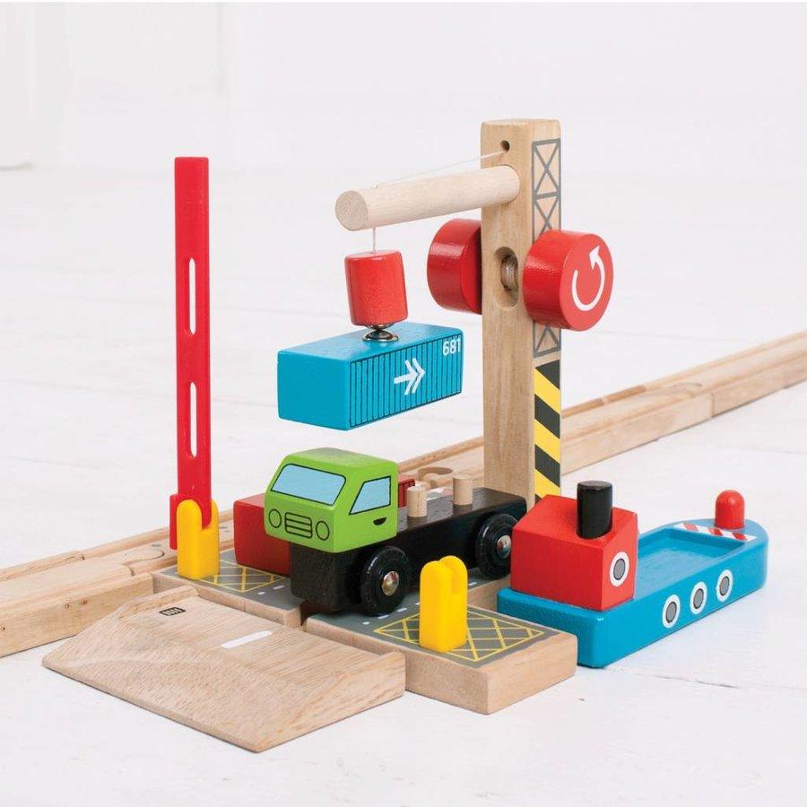 Houten Rails - Container Scheepswerf-3