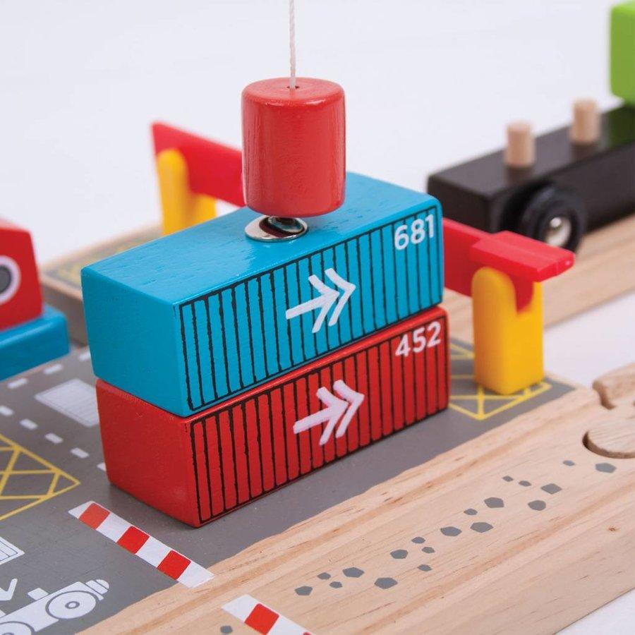 Houten Rails - Container Scheepswerf-4