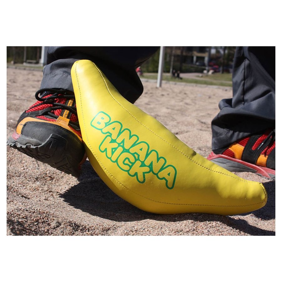 Banana Kick-5