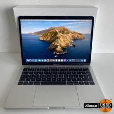 Apple Apple Macbook Pro 13 2017 Zilver | NIEUWSTAAT! | 2 cycli