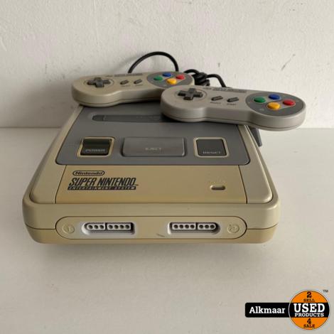 Nintendo SNES Incl 2 controllers | Gebruikt