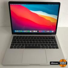 Apple Apple Macbook Air 13 2018 Zilver | i5 | 8GB | 128GB | 370Cycli