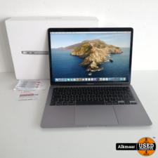 Apple Apple Macbook Air 13 2020 Zilver | i3 | 256GB | 29 Cycli!!