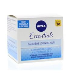 Nivea Essentials hydraterende dagcreme norm/gev SPF30 (50 ml)