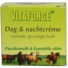 Vitaforce Paardenmelk dag / nachtcreme (50 ml)