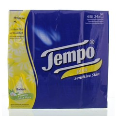 Tempo Plus sensitive kamille/aloe (24 x 9 stuks)