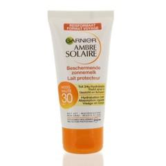 Garnier Ambre solaire on the go SPF 30 zonnemelk tube (50 ml)