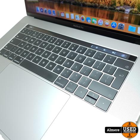 MacBook Pro 2017 15 Inch Touchbar i7 3.1 16GB 1TB SSD Pro 555