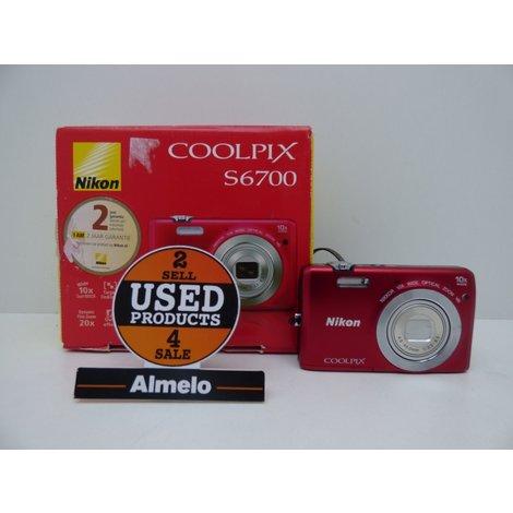 Nikon Coolpix S6700