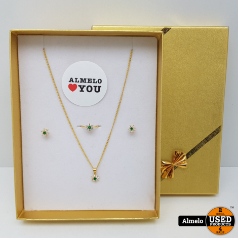 Gouden ketting, oorbellen en ring 21.6 Karaat totaal gewicht 4.3 gram