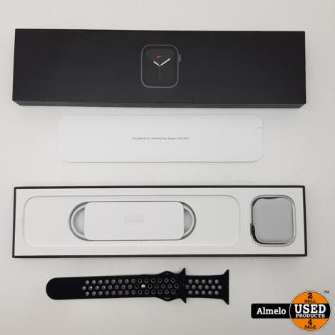 Apple Watch Nike s6 44MM Space gray *Nieuw*