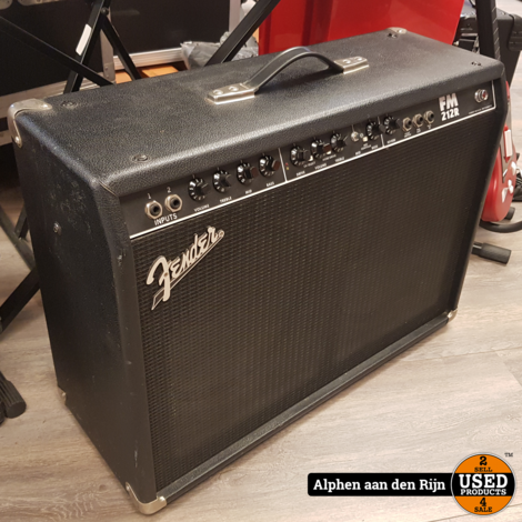 Fender FM 212R gitaarversterker 360w