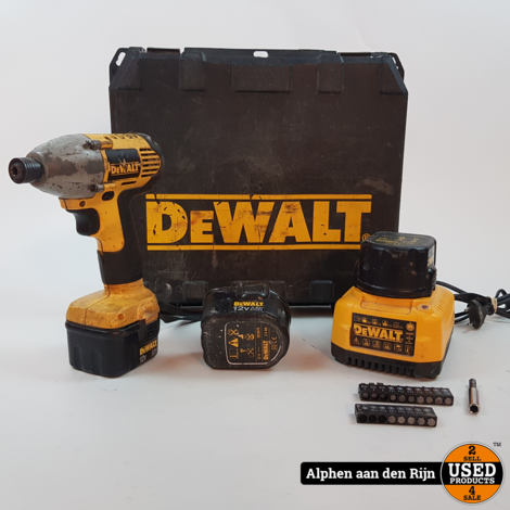 DeWalt DW052 Slagmoersleutel + 3 accu's