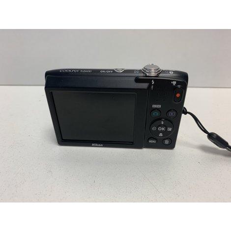 Nikon Coolpix S2600 camera