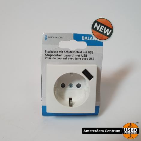 Busch-Jaeger Balance SI wandcontactdoos 1-voudig met randaarde en USB lader | Nieuw