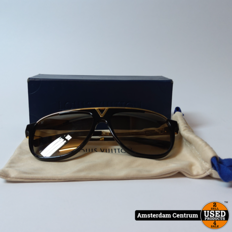 Louis Vuitton Z0936W Black Acetate Frame Mascot Zonnebril | Nette staat