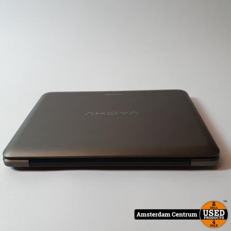 Medion Akoya E1232T 4GB RAM 500GB HDD   Incl. lader