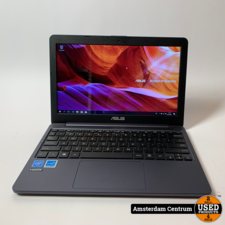 Asus E203M Notebook | Celeron 2GB 64GB SSD | Nette staat