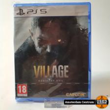 Playstation 5 Game: Resident Evil Village   Nieuw