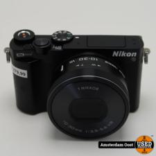 Nikon 1 J5 + 10-30mm f/3.5-5.6 4K Opname - ideaal om te vloggen | In nette staat