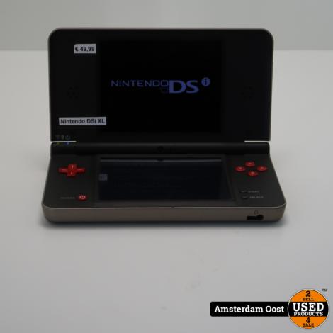 Nintendo DSi XL   in Gebruikte Staat