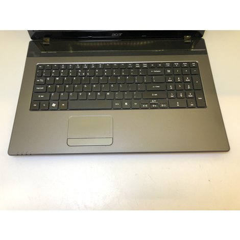 Acer Aspire 7750 Laptop - 17.3/i7-2630/4GB/640HDD/Win7