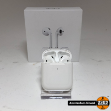 Apple Apple Airpods with Wireless Charging Case 2019 Model