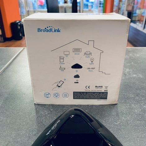 Broadlink RM Pro + Wifi Universal remote in doos   Nieuwstaat