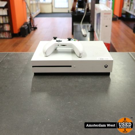 Xbox One 500 GB + Controller