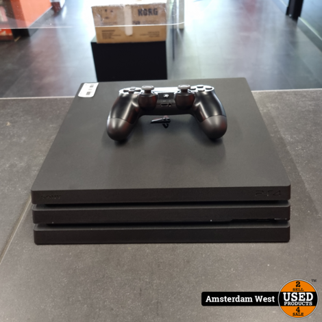Playstation 4 Pro 1TB   Nette staat