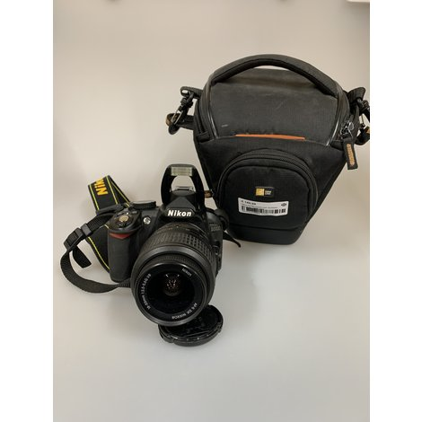 Nikon D3100 Camera incl 18-55mm lens & tas   Nette staat