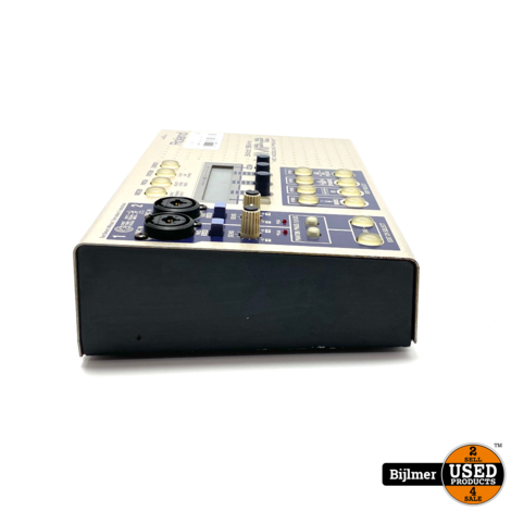 Roland MMP-2 Modelling Preamp