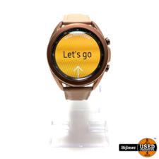 Samsung Galaxy Watch 3 met roze band   Nette staat